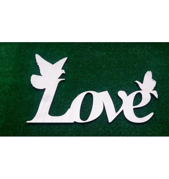"""Слово для фотосессии """"Love"""" с голубками"""
